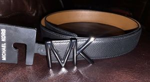 New MICHAEL KORS mens leather belt for Sale in Ontario, CA