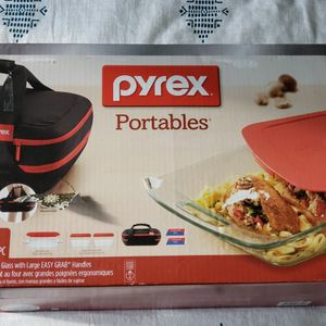 Pyrex Portables Brand New Storage Boxes for Sale in Downey, CA
