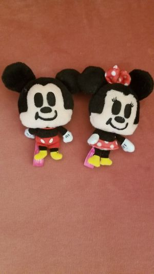 Disney Mickey and Minnie mouse couple straps keychain for Sale in Las Vegas, NV