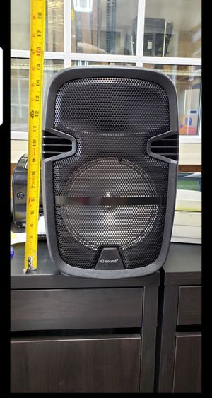 Speaker se conecta via bluetooth nuevo for Sale in Miami, FL