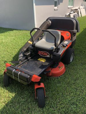 "Ariens 34"" riding lawn mower and bagger for Sale in Clearwater, FL"