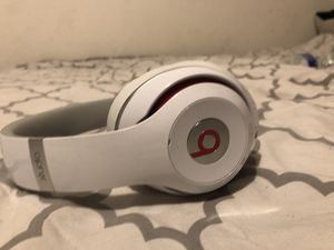Beats solo 3 for Sale in Lancaster, PA