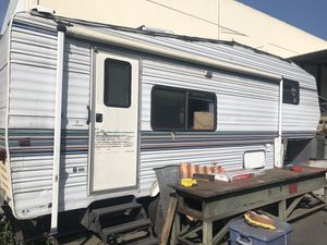 1996 Komfort Trailer for Sale in South Gate, CA