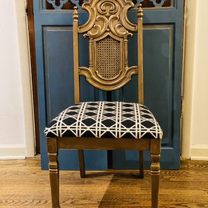 Vintage Chair For Desk Or Vanity for Sale in Seattle, WA