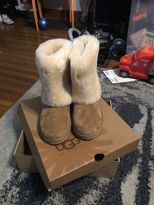 Ladies UGG boots size 7 for Sale in Columbus, OH