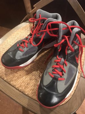 Men's size 8 Nike basketball shoes for Sale in Fountain Valley, CA