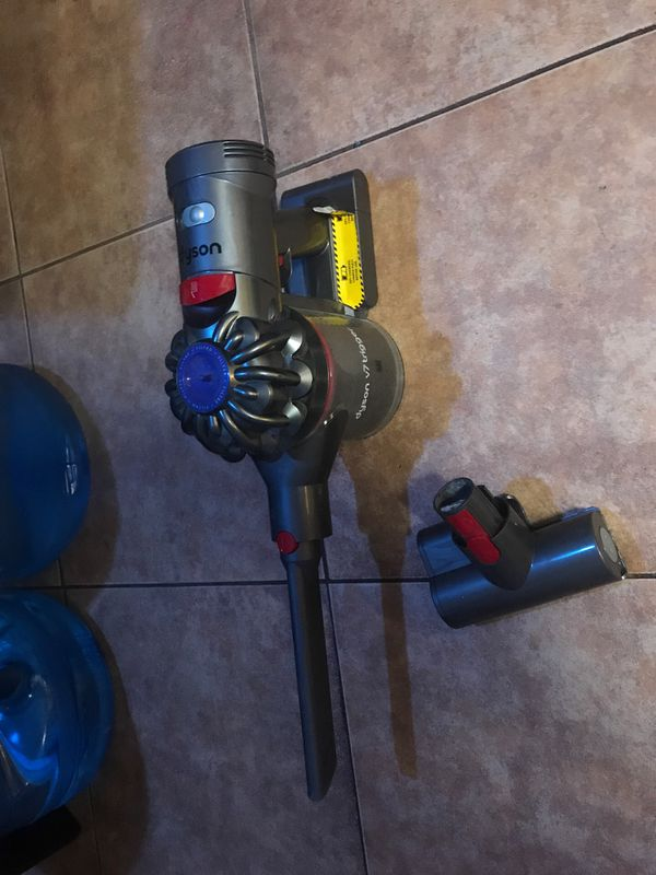 Dyson V7 vacuum