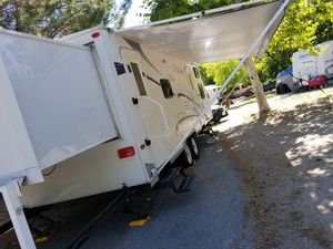 2007 Frontier Travel Trailer for Sale in San Jacinto, CA
