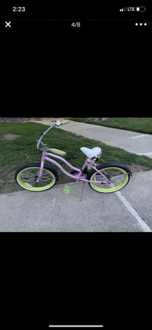 Bike for girls for Sale in Lakewood, CO