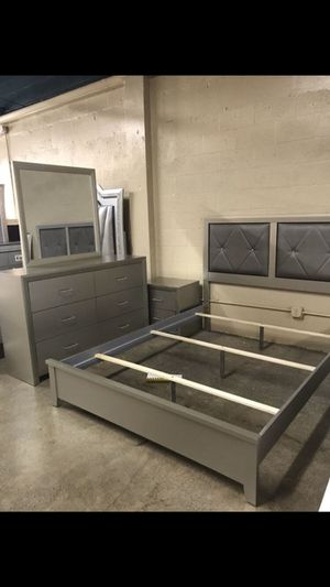 Queen Size Bed with Dresser, Mirror, and Nightstand. Brand new in Box. ($40 down. No Credit check Financing) for Sale in Hialeah, FL