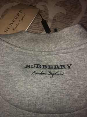 Burberry sweatshirt brand new for Sale in Queens, NY
