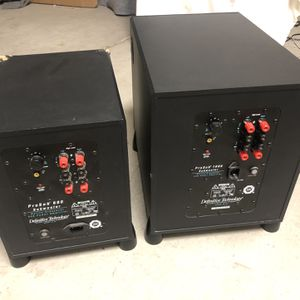 2 Definitive Technology Subwoofer FOR PARTS ONLY for Sale in Phoenix, AZ
