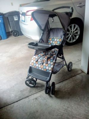 Combo stroller plus infant car seat travel system for Sale in Moline, IL