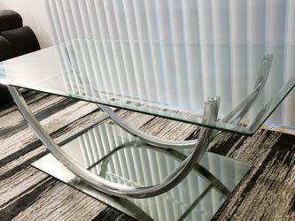 Modern Center Glass Table Like New for Sale in Irvine,  CA