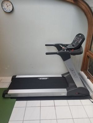 BH Fitness Sport T8 TreadMill for Sale in Stone Mountain, GA