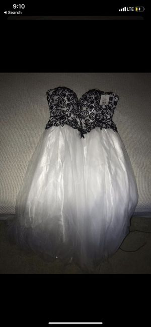 Beautiful gown/prom dress for Sale in Oceanside, CA