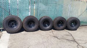 "Jeep Wrangler rims and 33"" maxxis tires Five! for Sale in Whittier, CA"