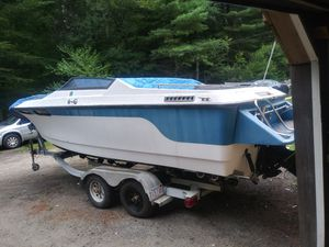 22 ft boat needs motor and paint for Sale in Foster, RI