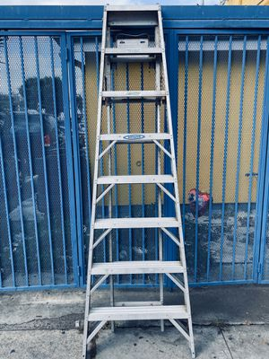ALUMINIUM WERNER STEP LADDER 5 WAY COMBINATION LADDER WITH 250 LBS CAPACITY for Sale in Los Angeles, CA