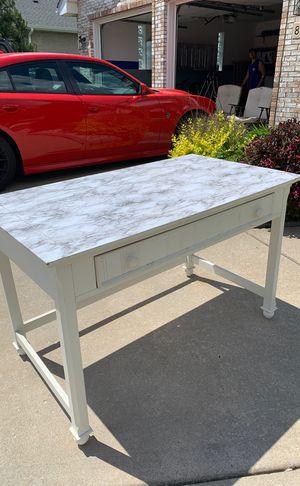 White Desk for Sale in Tinley Park, IL