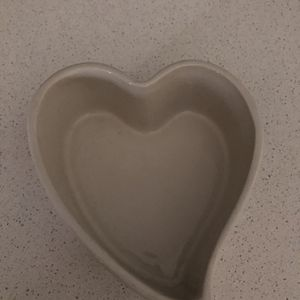 Valentine Candy Dish - Free for Sale in Port St. Lucie, FL