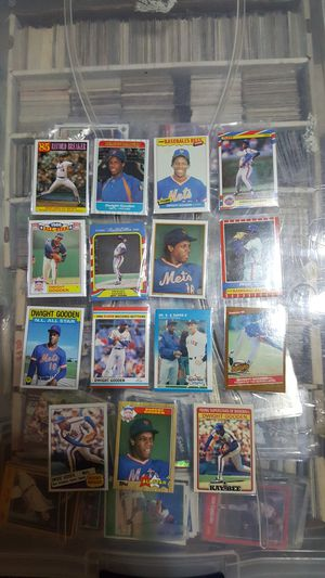 Dwight gooden baseball card lot for Sale in Brooklyn, NY
