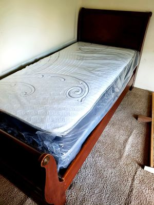 NEW TWIN MATTRESS WITH BOX SPRING. Bed frame is not available. Take it home the same day 👍 for Sale in Lake Worth, FL