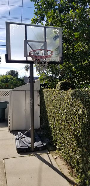 Reebok Adjustable Basketball Hoop With Wheels for Sale in Pasadena, CA