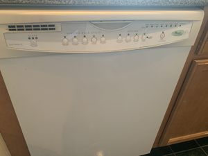 400$ for all three OBO! Whirlpool/Kenmore microwave, dishwasher and stove set! for Sale in Evanston, IL