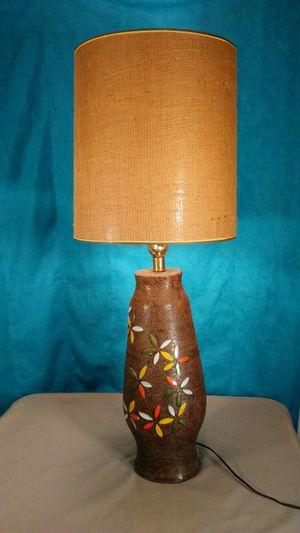 Vintage 1960's table lamp. for Sale in Saginaw, MI