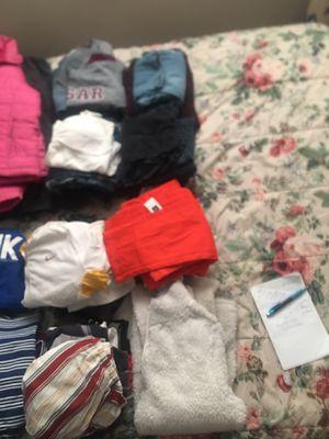 28 pc medium women's lot bundle for Sale in Buffalo, NY