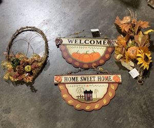 Fall decorations for Sale in Anderson, SC