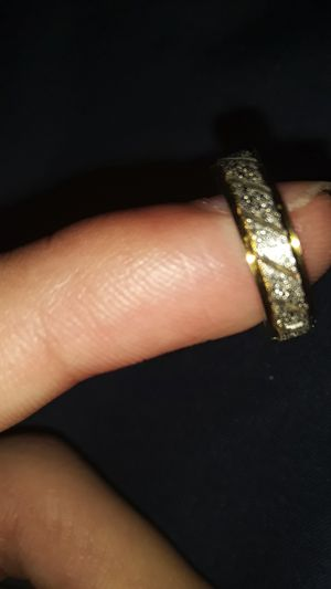 Gold/diamond earing for Sale in Richmond, TX