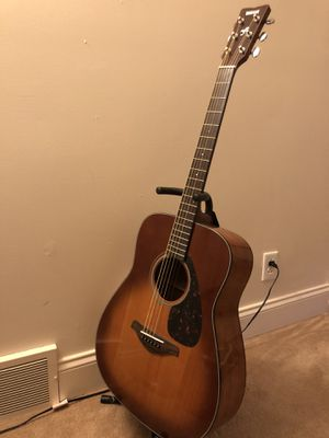Acoustic Guitar Yamaha FG700S for Sale in Pittsburgh, PA