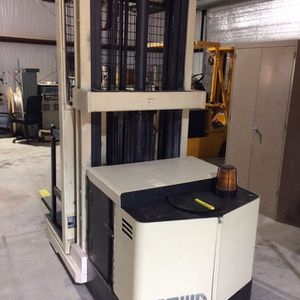 Forklift Crown Order Picker for Sale in Winchester, CA