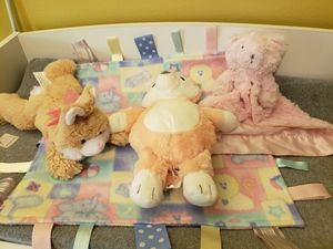 Baby stuffed animals, bear lovey, and taggie blanket for Sale in Longwood, FL