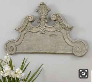 Lovely wall decor piece for Sale in Bakersfield, CA