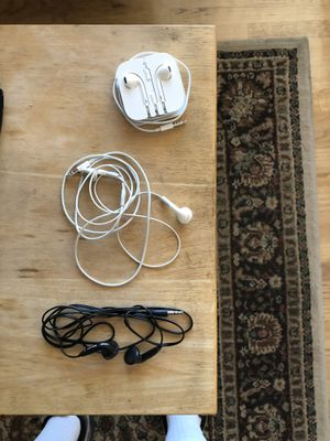 Ear buds, Headphones and Miniature Speakers for Sale in Anaheim, CA