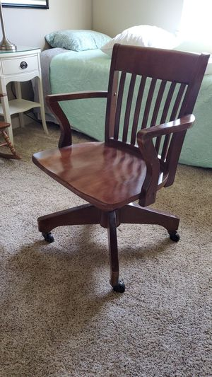Desk chair for Sale in Bend, OR