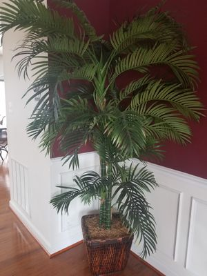Potted Artificial Home Decor Palm Tree for Sale in Ashburn, VA