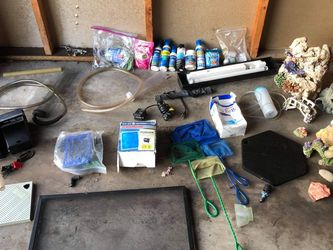 55 Gallon Fish tank aquarium With LOTS Of Extras BUNDLE Lot for Sale in Orting,  WA