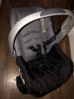 Infant car seat only used once $10 for Sale in Washington, DC