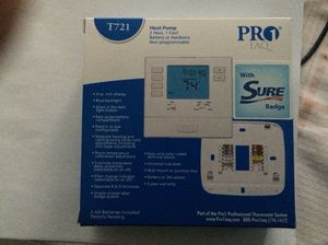 Heat Pump T721 Pro1 IAQ Thermostat Non Progr for Sale in Owings Mills, MD