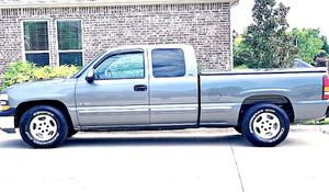 ֆ12OO 4WD CHEVY SILVERADO 4WD for Sale in Jersey City, NJ