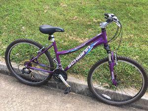 26 inch Schwinn Aluminum Bike for Sale in Brentwood, TN
