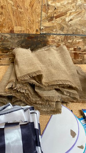 5 Burlap Table Runners for Sale in Union City, CA