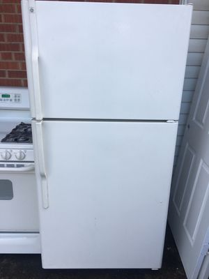 GE Kitchen Appliances [Taking Offers!] for Sale in Annandale, VA