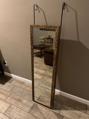 Door mirror cabinet for Sale in Laveen Village, AZ