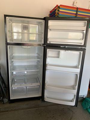 GE Refrigerator for Sale in Phoenix, AZ