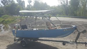 12 foot v-hull 8hp motor 700 obo for Sale in Bartow, FL